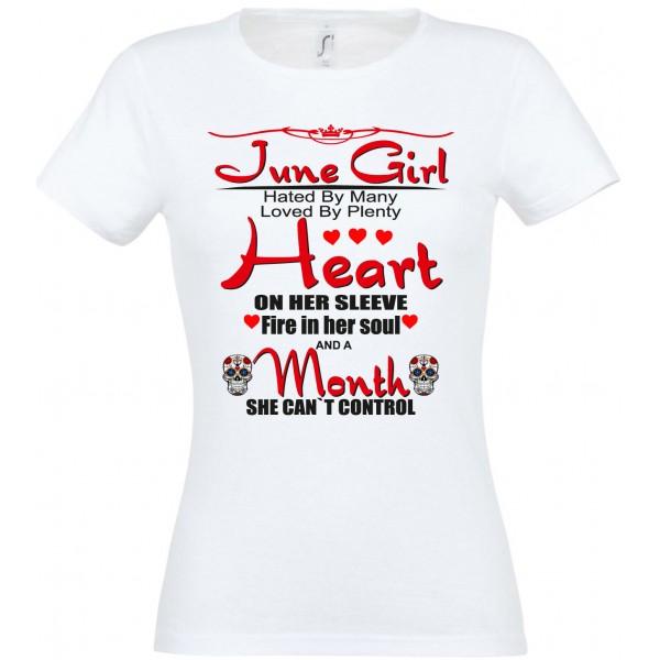 June Girl heat by many loved by plenty heart on her sleeve T-särk